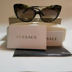 d379b85c0ce0 Versace Cat Eye Plastic Sunglasses Frame Havana